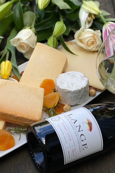 Saxelby Cheese & Vineyard Blend Trio